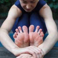 足と姿勢の関係性
